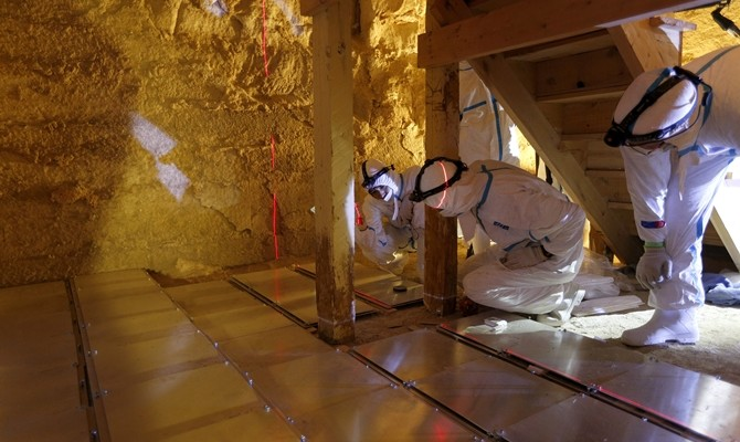 2.muons-emulsion-films-setup-in-lower-chamber-of-bent-pyramid